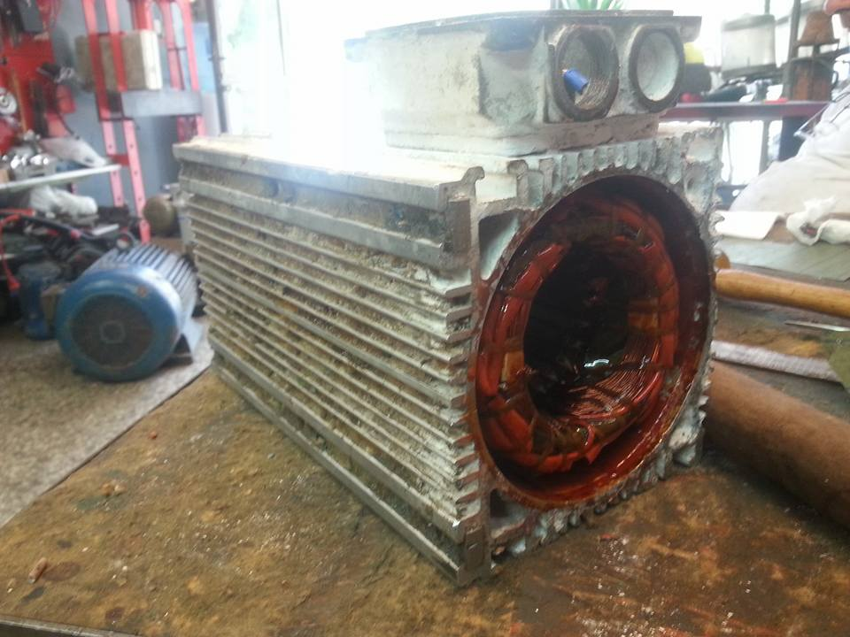 Επισκευή κινητήρα CNC 22kW
